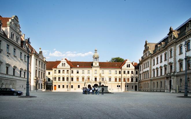 Дворец Турн-унд-Таксис, Регенсбург.jpg