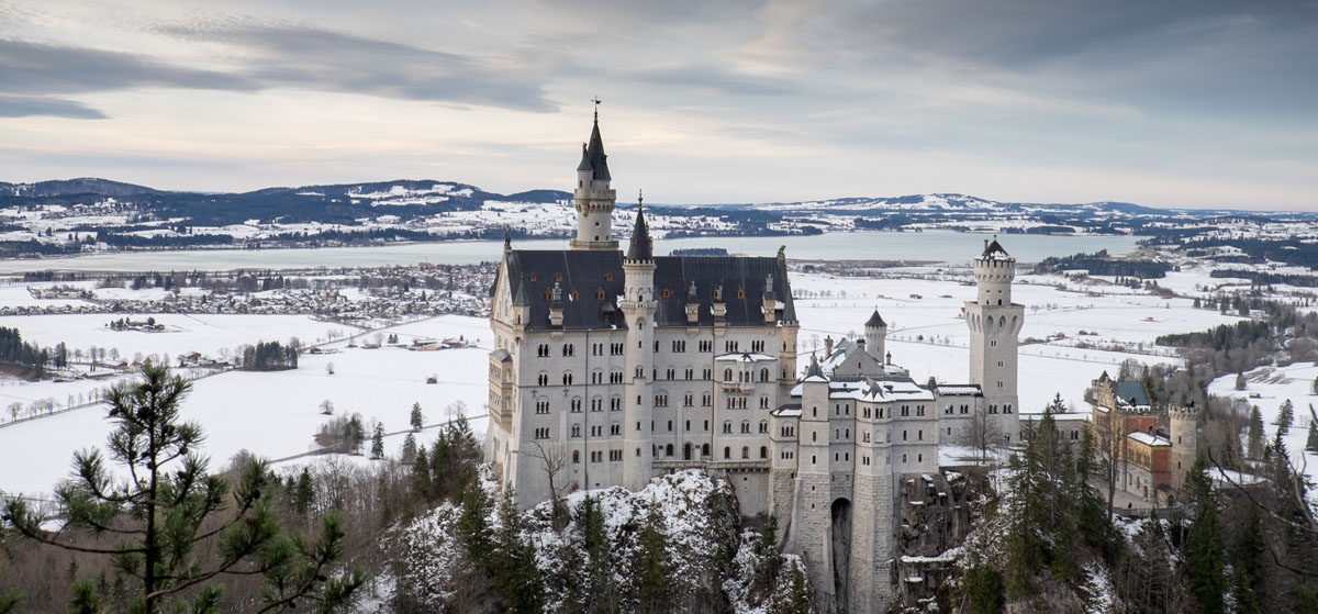 Замок Нойшванштайн, зима в Баварии
