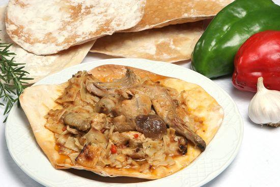Блюдо «Гаспачо манчего» в Кастилии — Ла-Манча.jpg