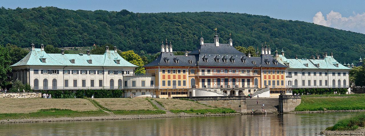 Замок Пильниц, загородная резиденция саксонских монархов