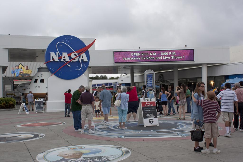 Космический центр Кеннеди, вход для посетителей