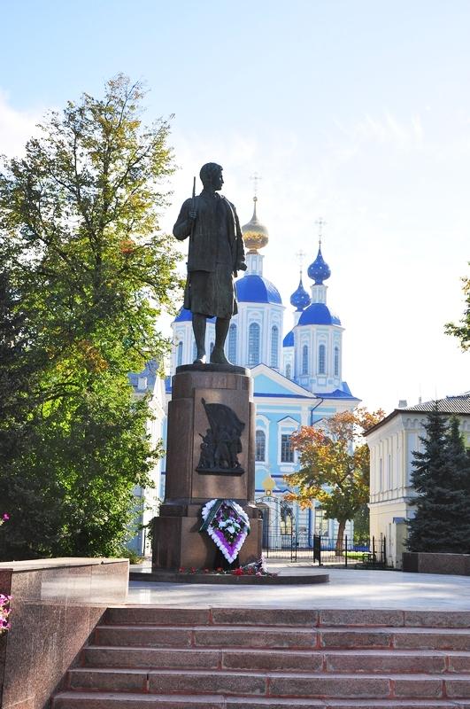 Памятники элисты к Северск недорого изготовление памятников ру