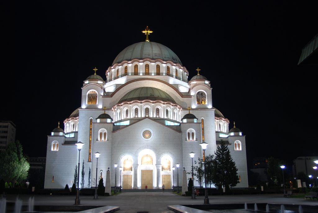 Храм Св Саввы ночь Белград Сербия