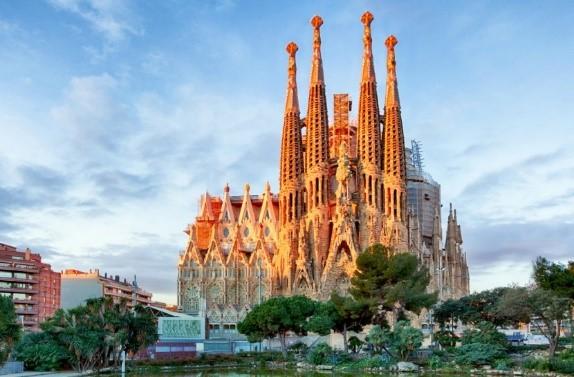 Гид по Барселоне для новичков Саграда.jpg