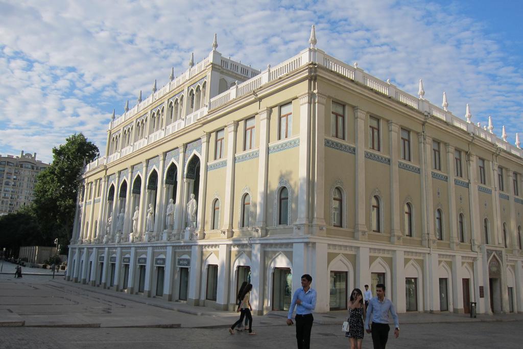 Музей азербайджанской литературы в Баку