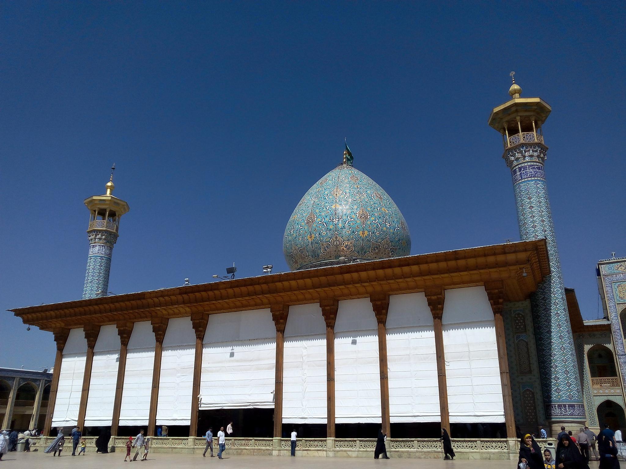 Мавзолей Шах-Черах, Иран