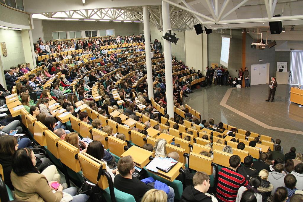 Пражский экономический университет, день открытых дверей на факультете международных отношений