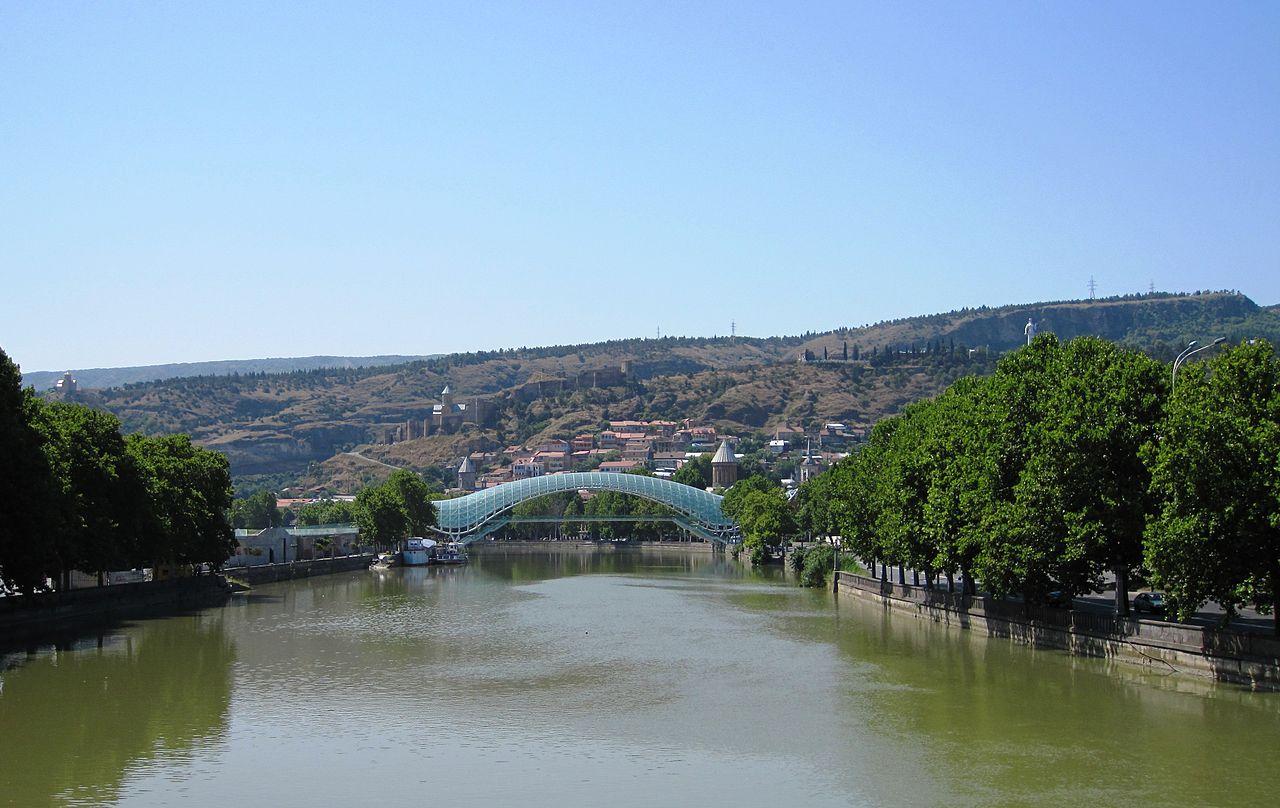 Мост Мира, панорама