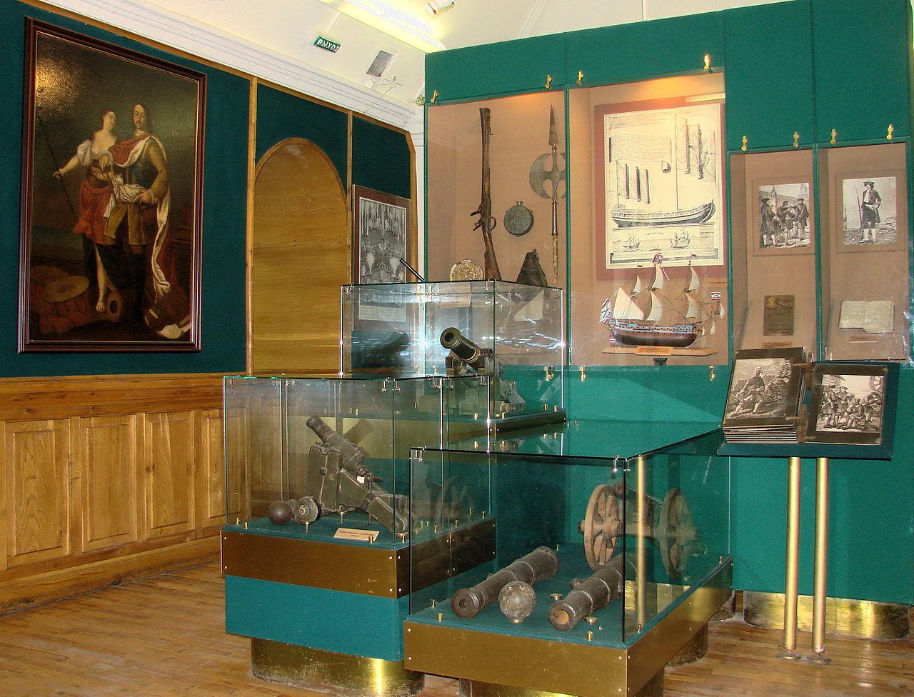 Часть музейной экспозиции в Домике Петра Первого (Вологда)