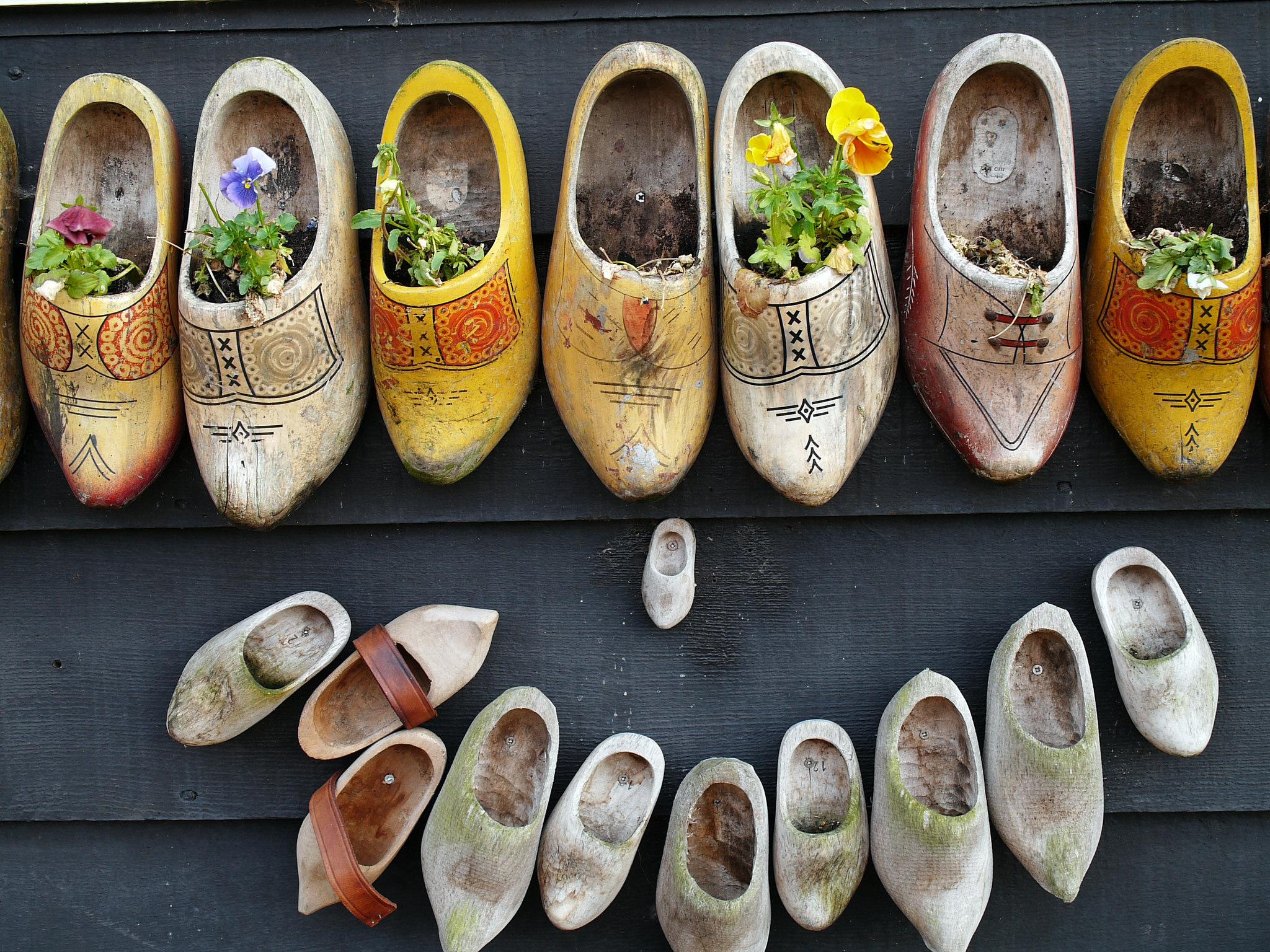 Зансе-Сханс, мастерская по изготовлению традиционной голландской обуви