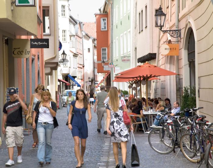 Улица Регенсбурга, Германия.jpg