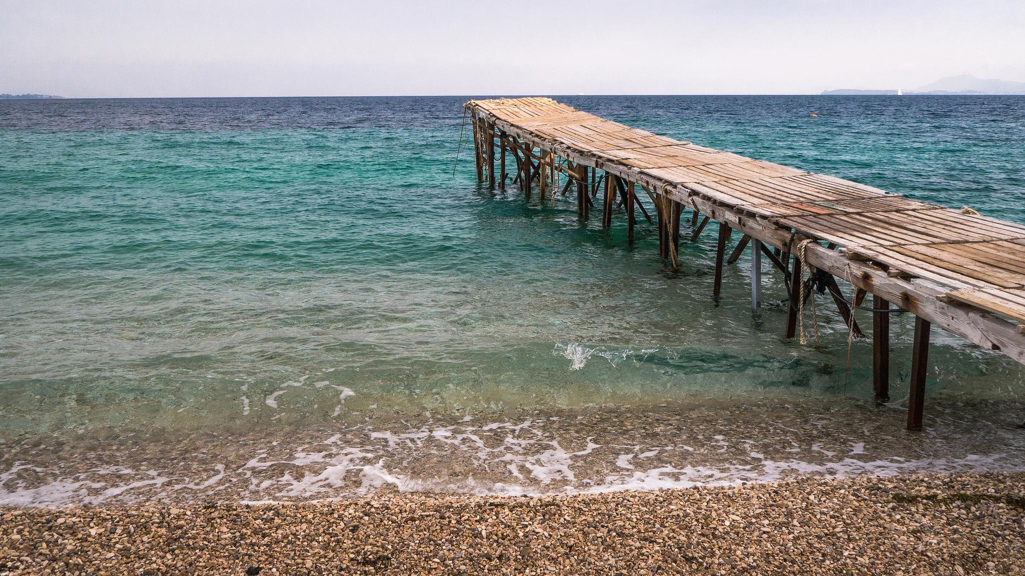 Остров Корфу, пляж Ниссаки