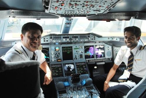 4 99 индийских пилотов отстранены от работы за пьянство.jpg