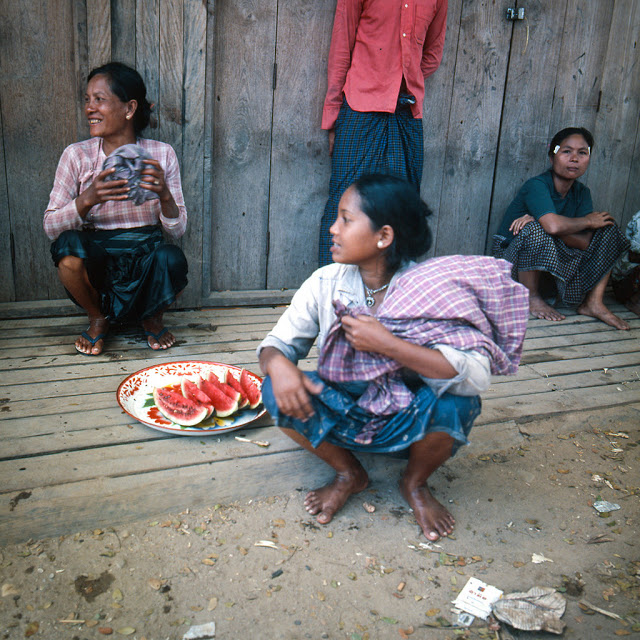 20 завораживающих фото, рассказывающих о жизни Таиланда в 70 C.jpg