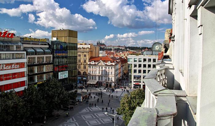 5 симпатичных и недорогих отелей в Праге Ambassador Zlata Husa 2.jpg