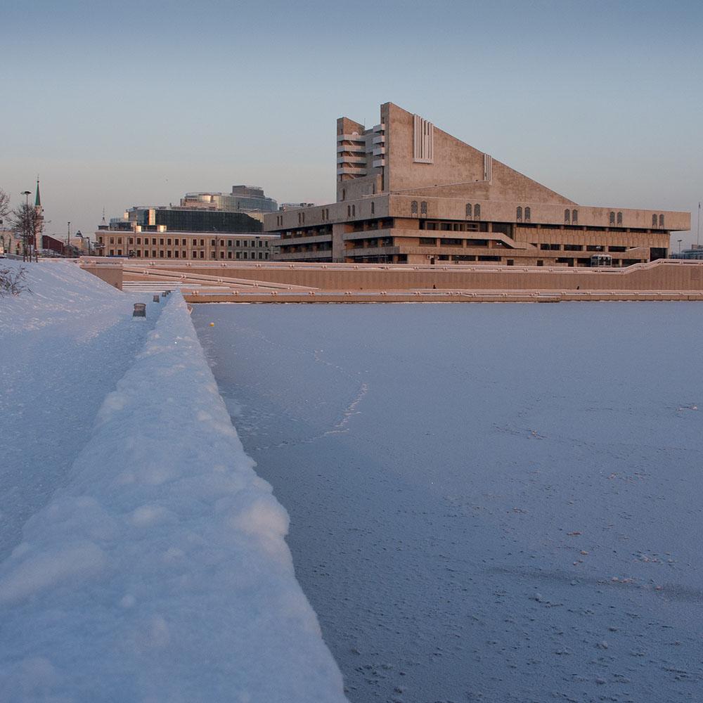 Театр им. Г. Камала в Казани зимой