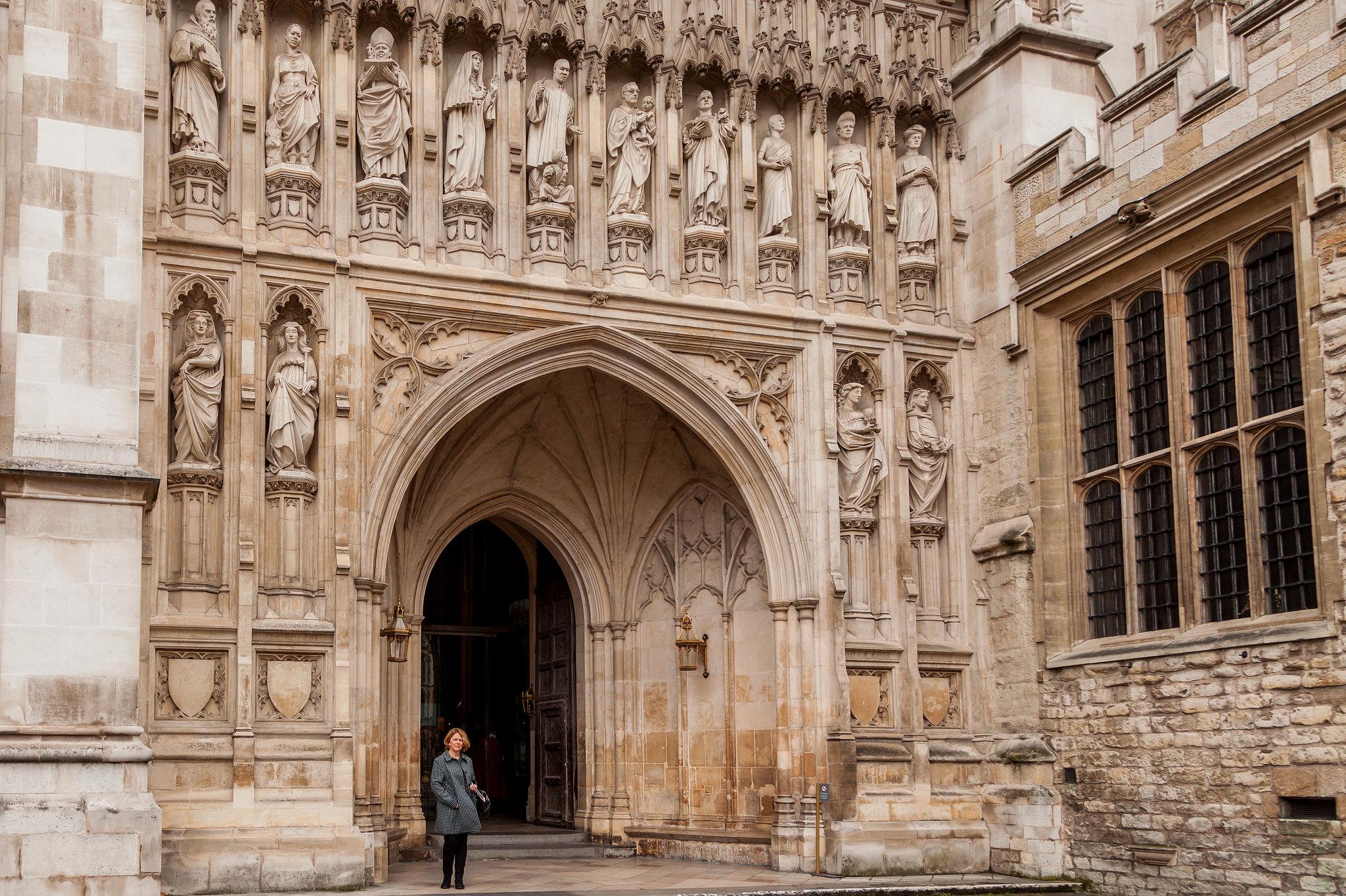 Вход в Вестминстерское аббатство, Лондон