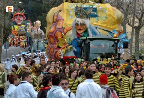 Карнавал Темпио, Сардиния.jpg