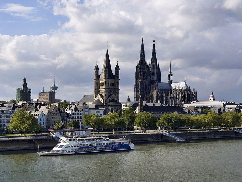 Вид на Кёльнский собор и Большого Святого Мартина с моста Дойц, Кельн