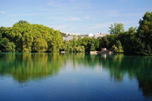 2 В Лионе открылся Валлонский парк.jpg