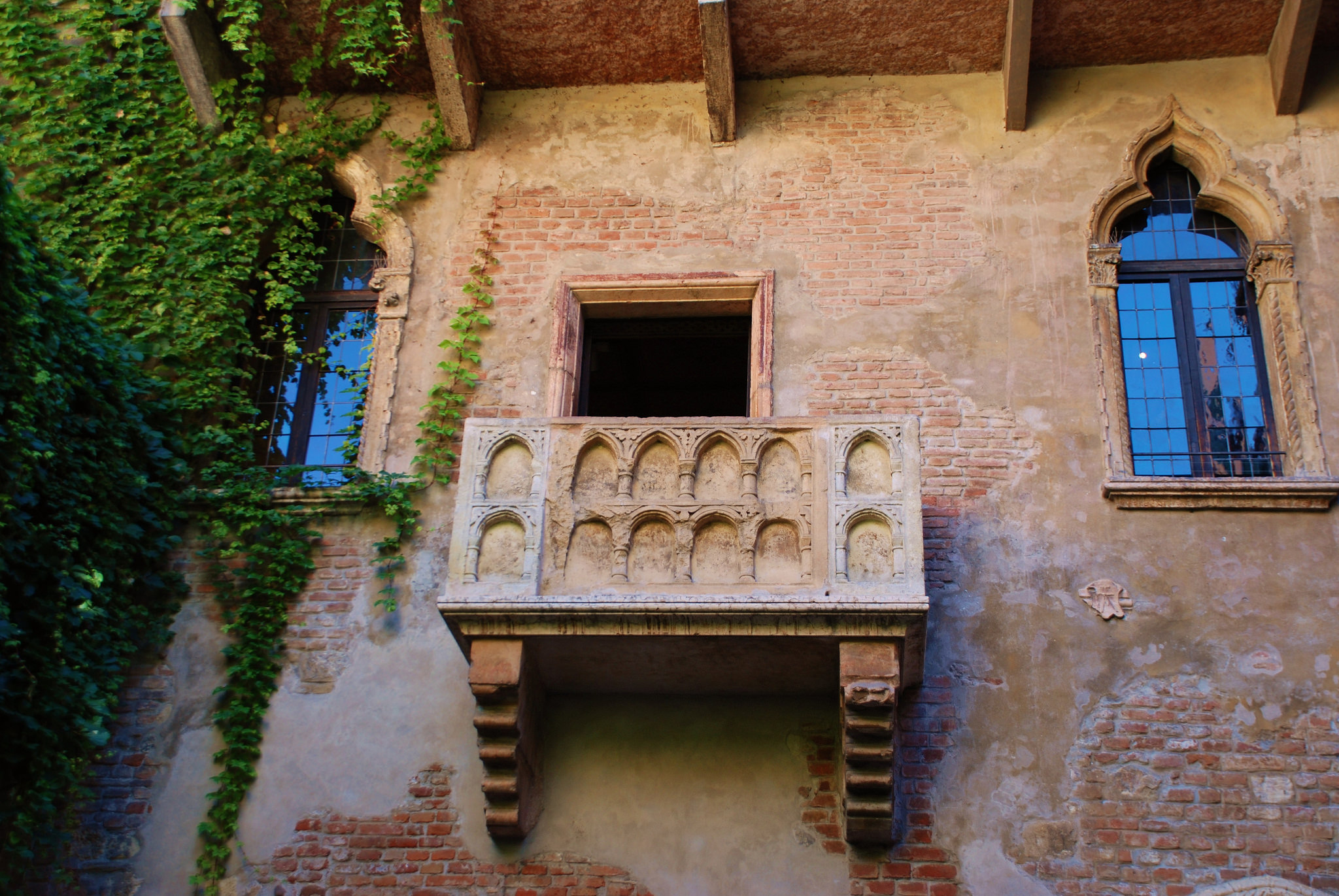 Дом Джульетты, легендарный балкон