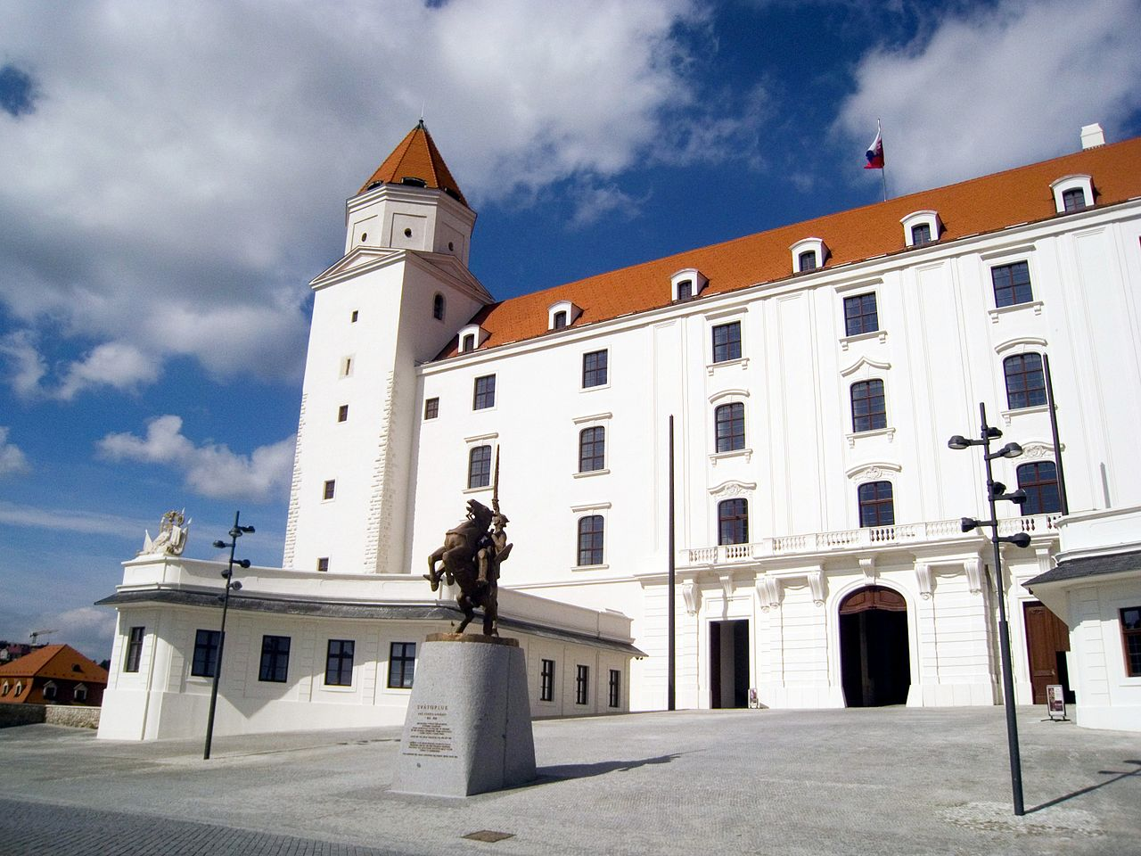 Братиславский Град, двор