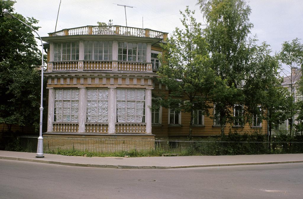 Музей-дача А. С. Пушкина (бывший дом вдовы придворного камердинера А. Китаевой)