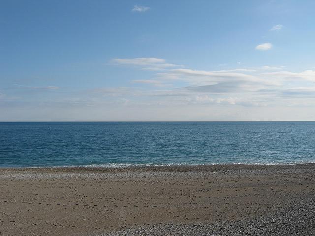 В Анталии может исчезнуть знаменитый пляж.jpg