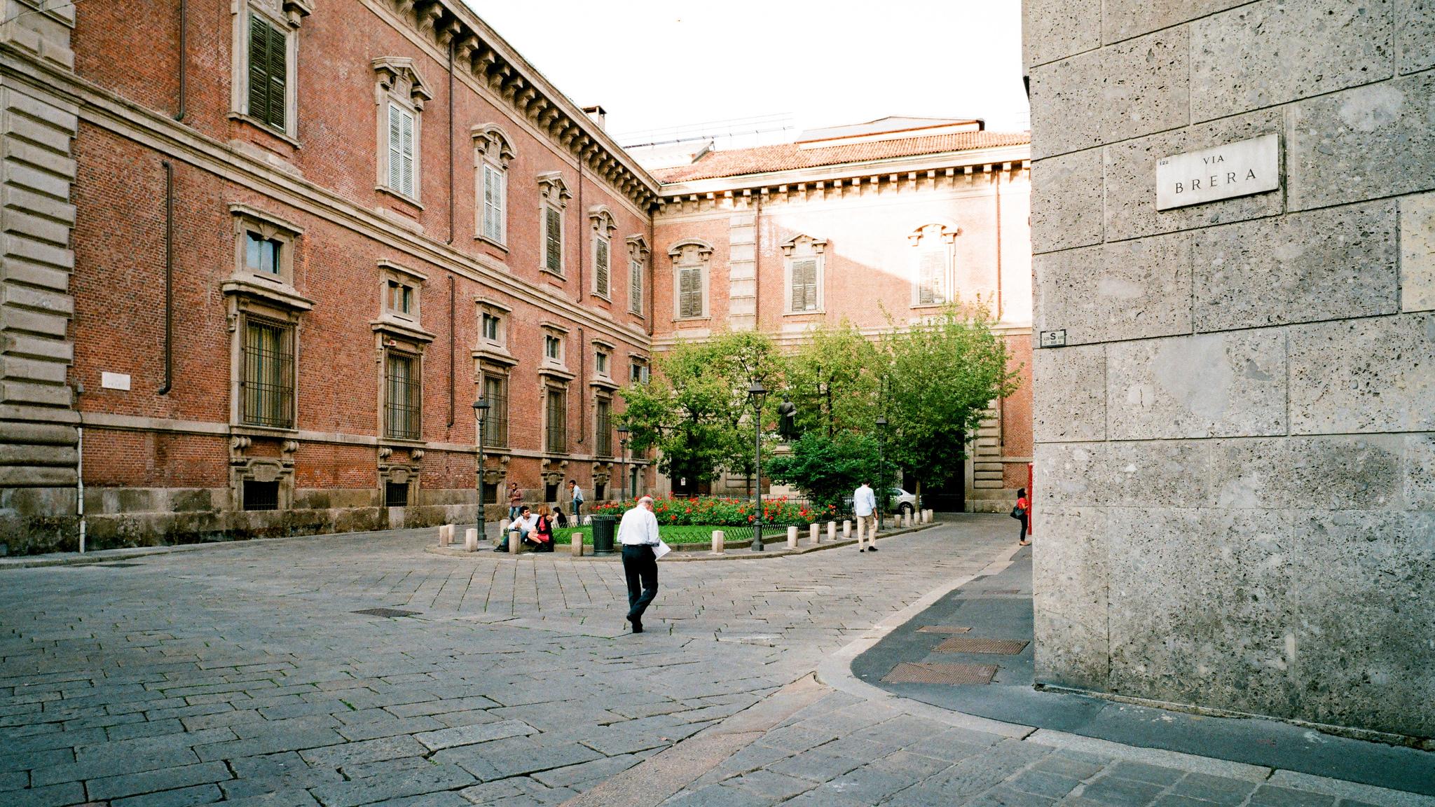 Улица Брера (Миланский Монмартр)