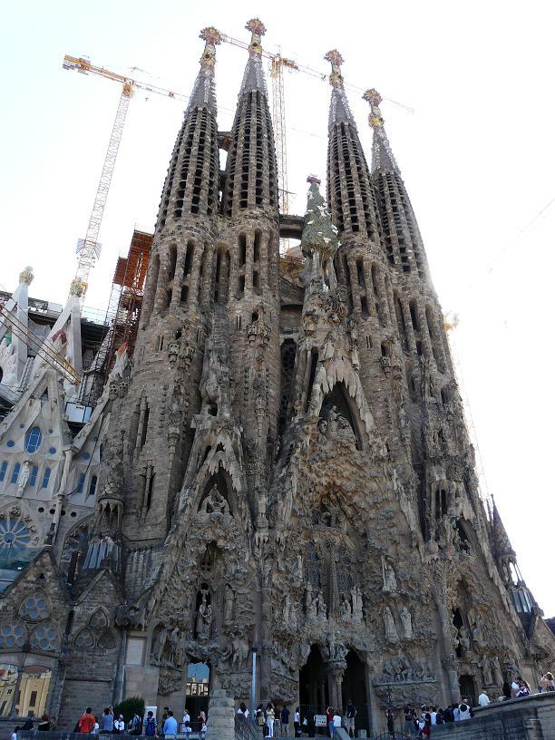 Саграда-Фамилия в Барселоне, Испания.JPG
