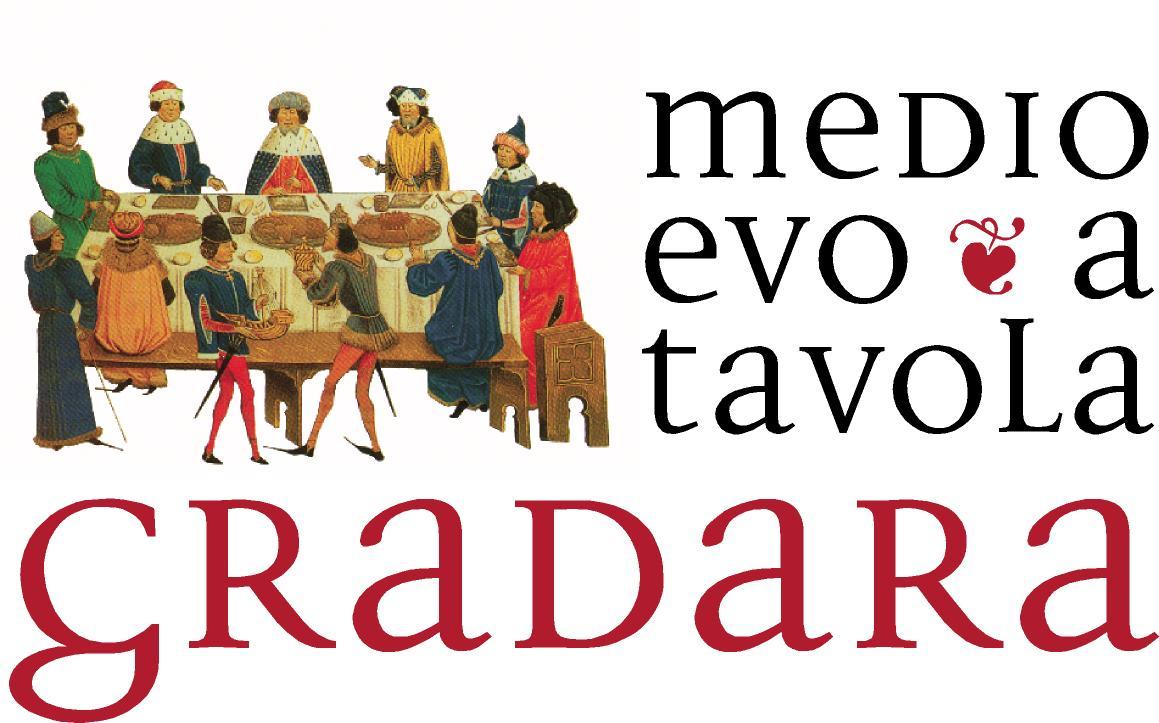 Логотип праздника Средневековье на столе