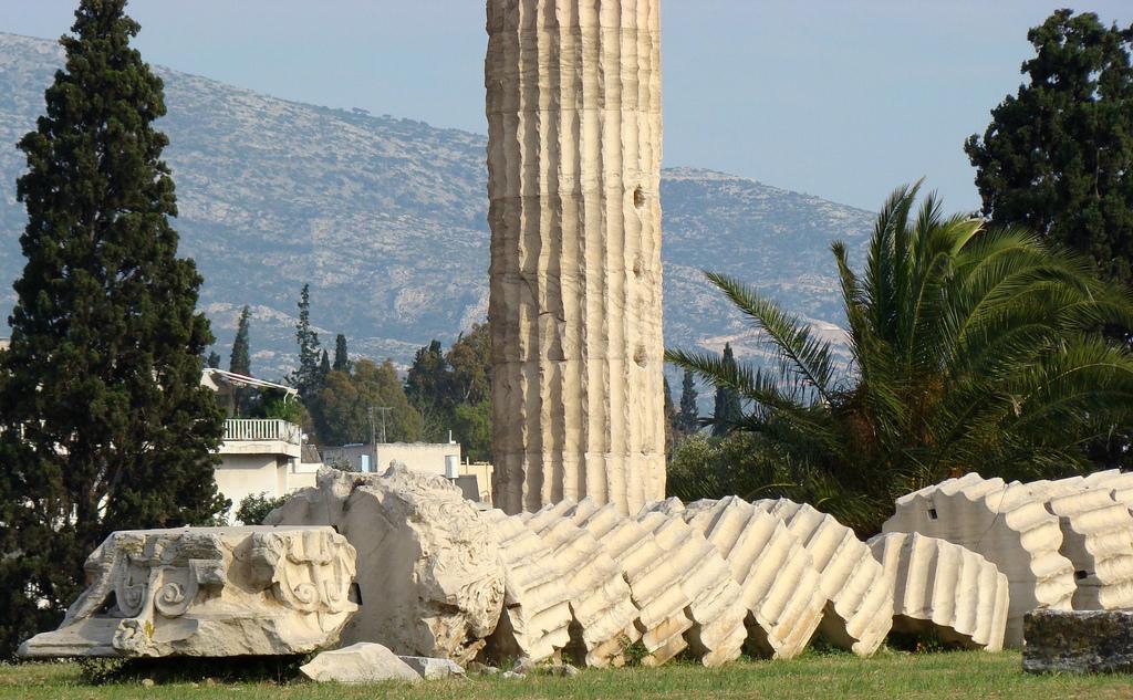 Разрушенные колонны, Храм Зевса Олимпийского, Афины