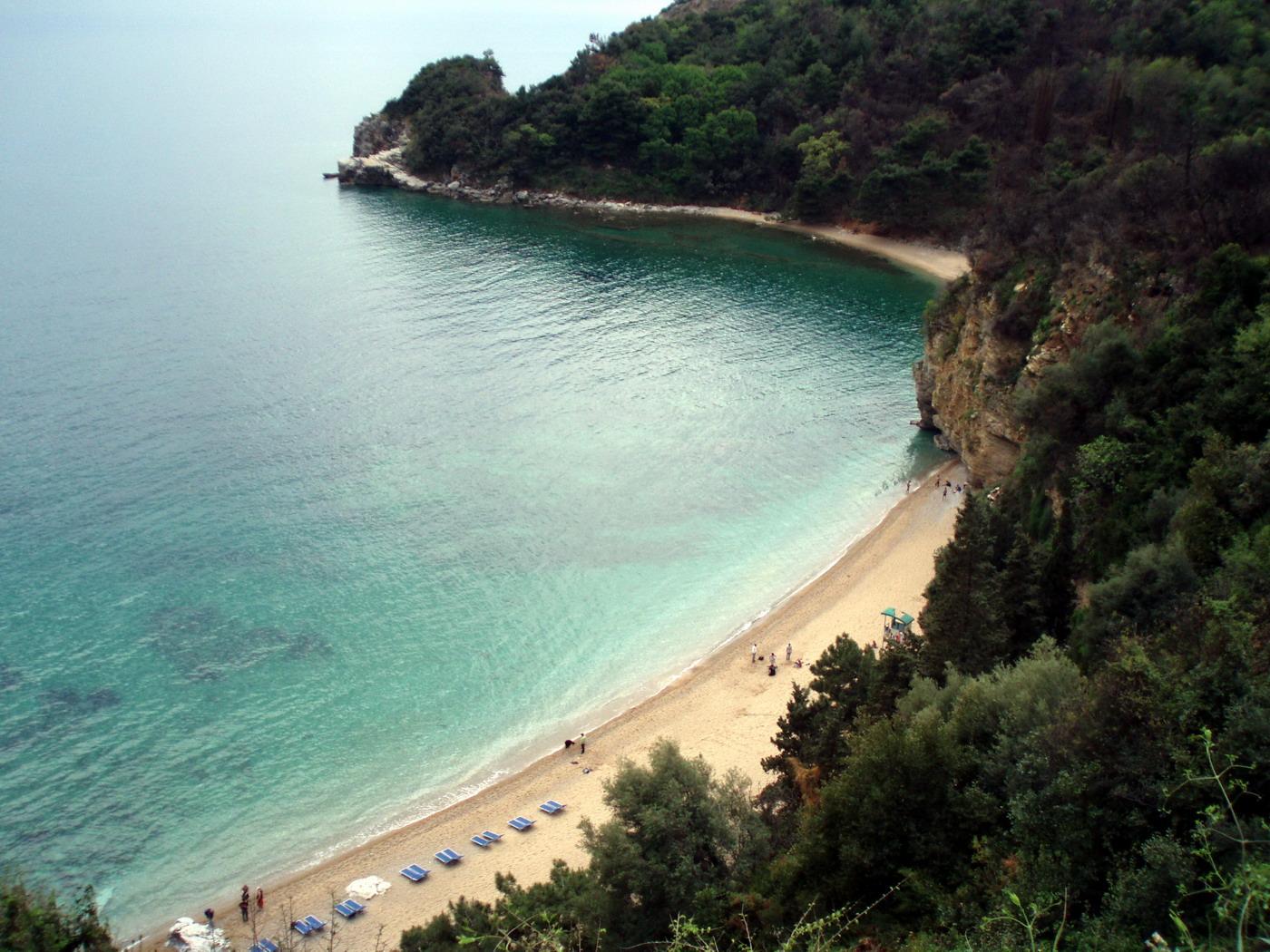 Вид на пляж Могрен