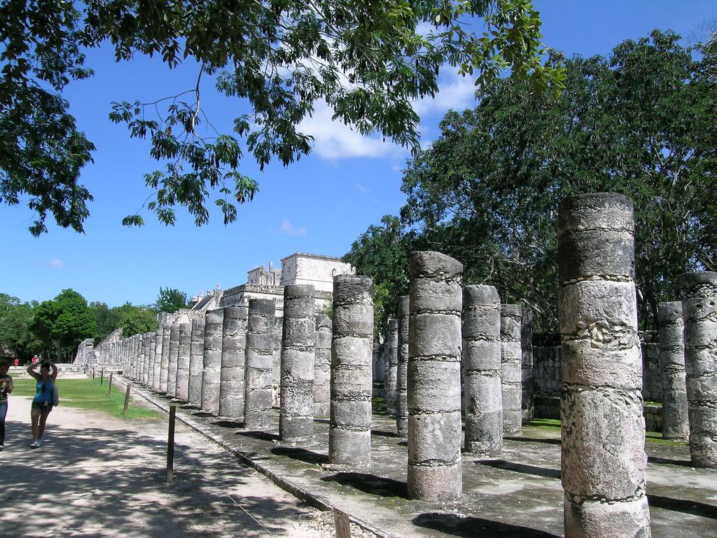 Фото Чичен-Ицы, Мексика от туристов на «Тонкостях туризма»: https://tonkosti.ru/%D0%A4%D0%BE%D1%82%D0%BE_%D0%A7%D0%B8%D1%87%D0%B5%D0%BD-%D0%98%D1%86%D1%8B