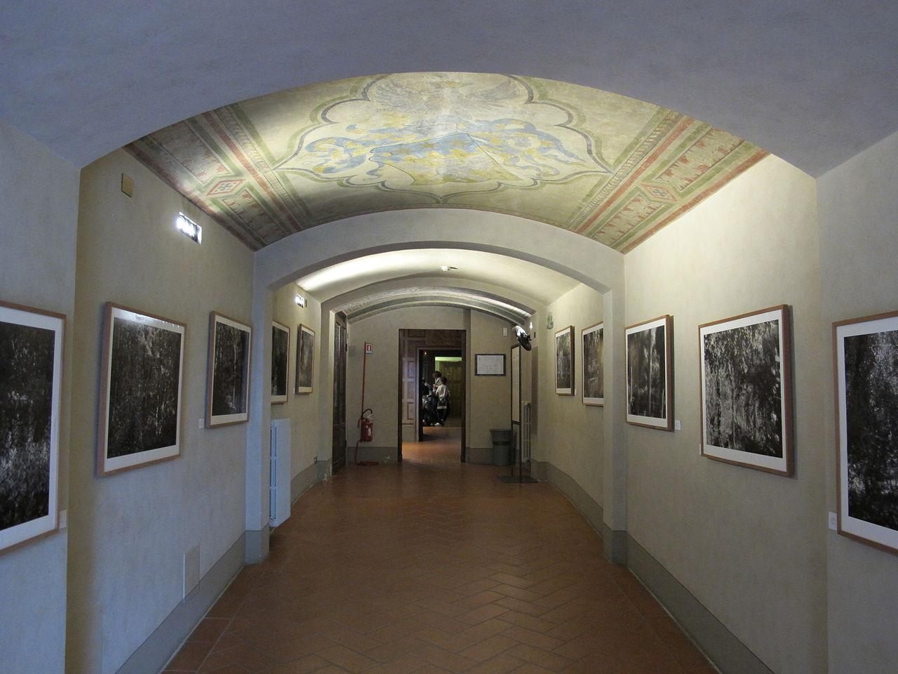 Музей Стибберта, один из залов