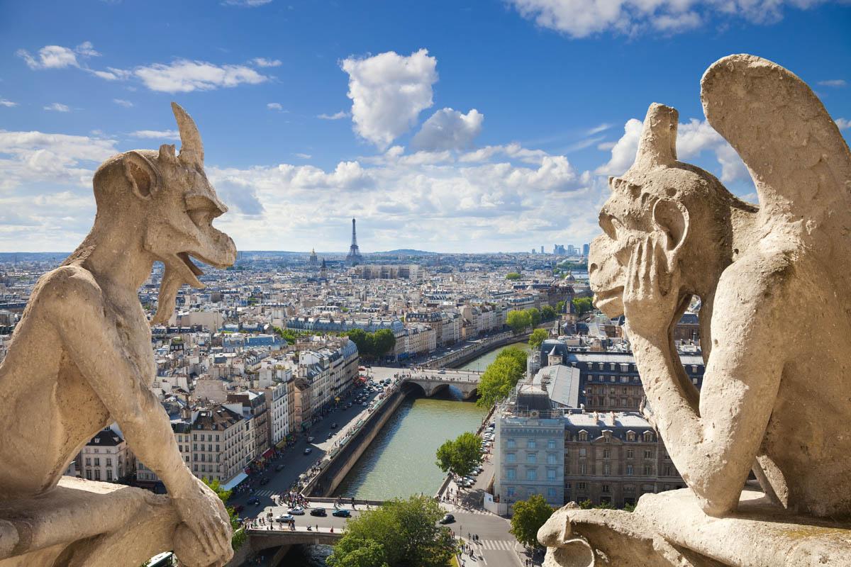 Статуи химер на Соборе Парижской Богоматери