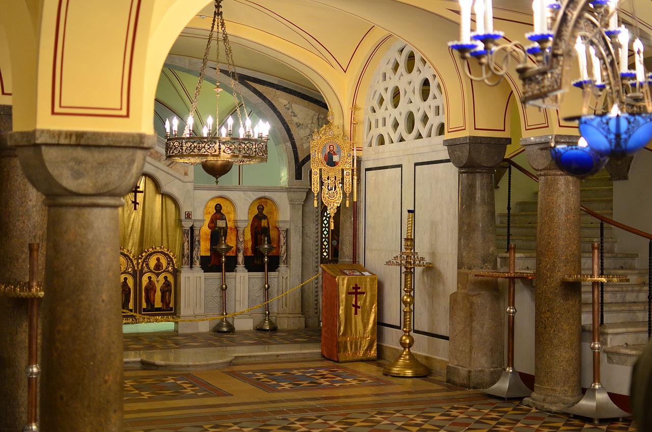 Адмиралтейский собор Святого Владимира, нижний храм