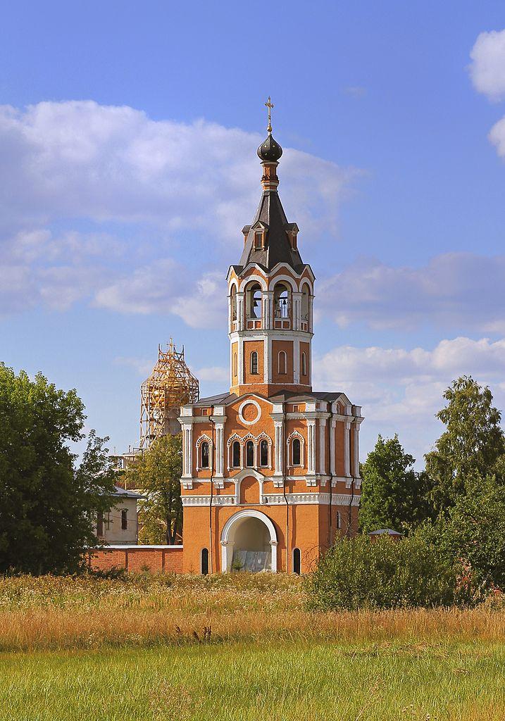 Зосимова пустынь, колокольня монастыря с надвратным храмом во имя Рождества Иоанна Предтечи