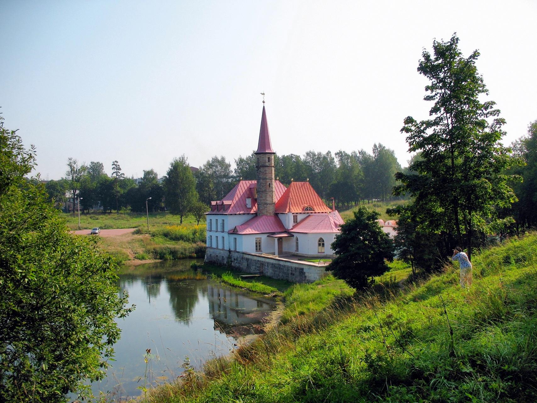 Дворцово-парковый ансамбль Гатчины, Приоратский дворец