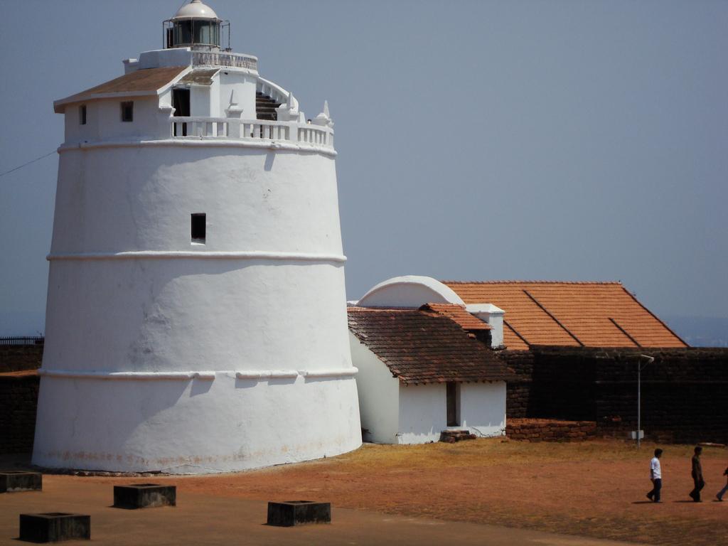 Маяк в старом португальском форте Агуада