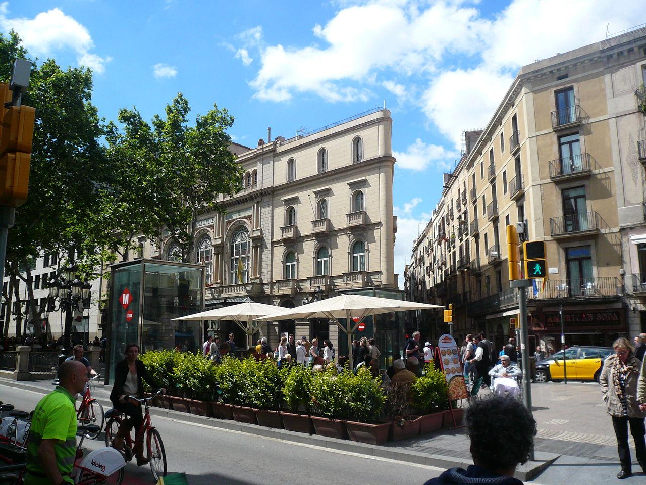 Вид на театр Лисео, Барселона