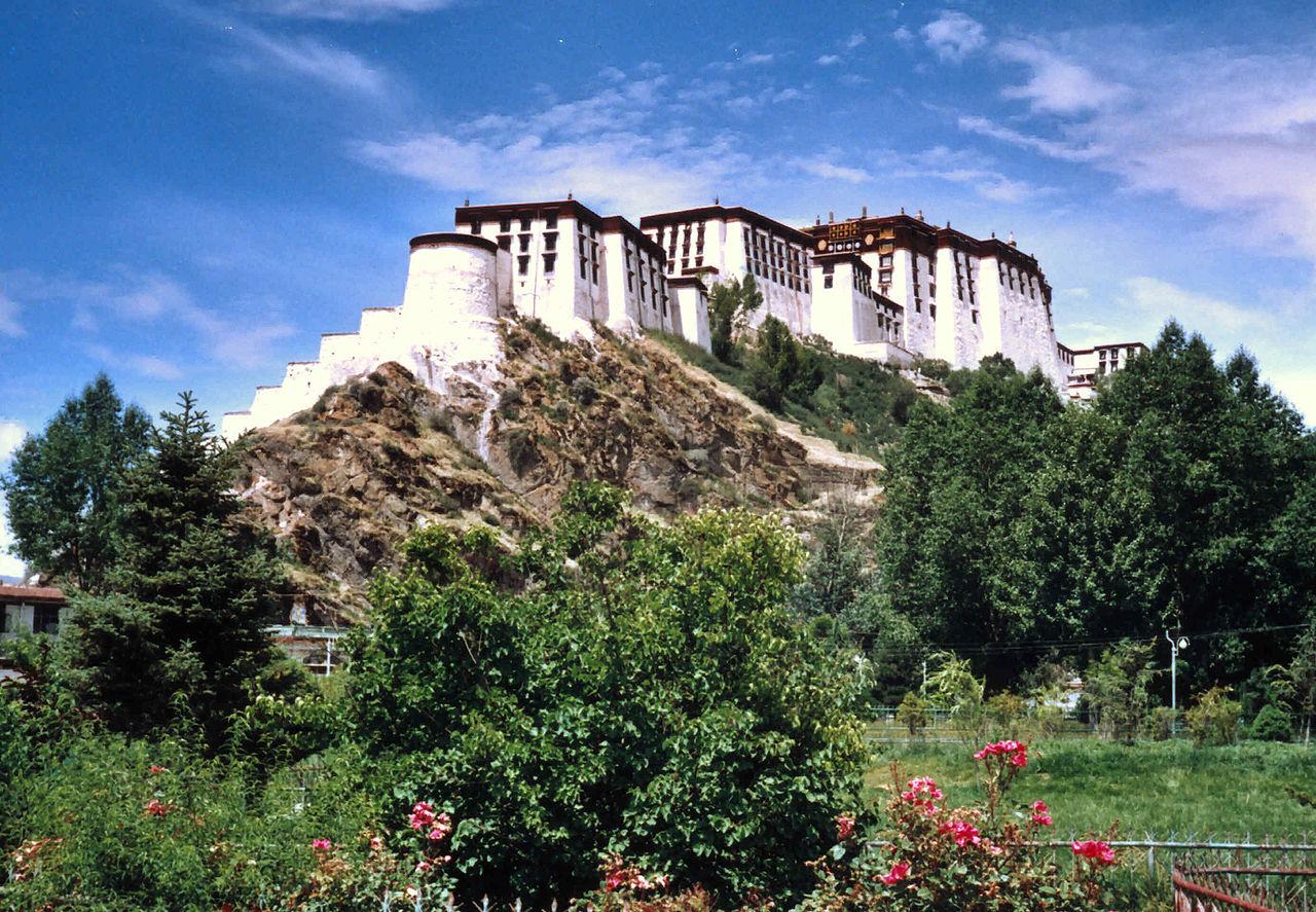 Дворец Потала, сад