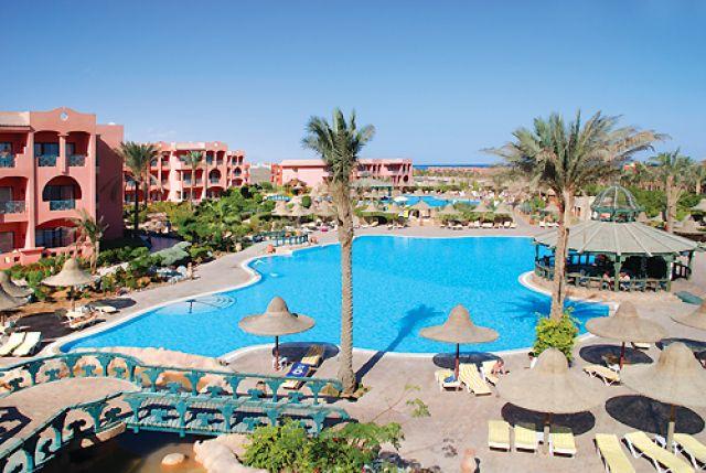 Египет. Бассейн в отеле.