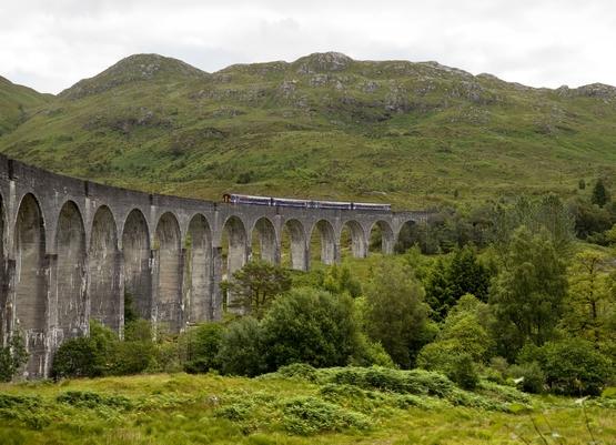 Горная железная дорога, Шотландия, Великобритания.jpg
