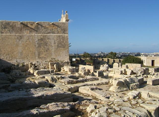 Сан Пауль Милки, Сент-Полс-Бэй, Мальта.jpg