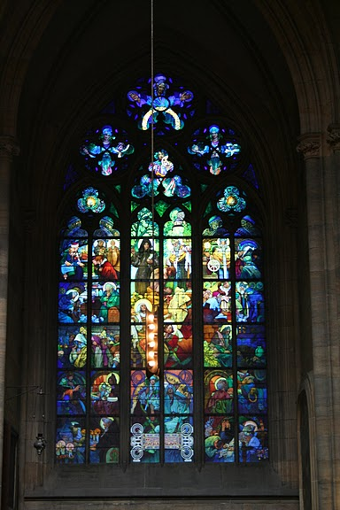 Витраж по проекту Альфонса Мухи, собор Св. Вита, Прага.jpg
