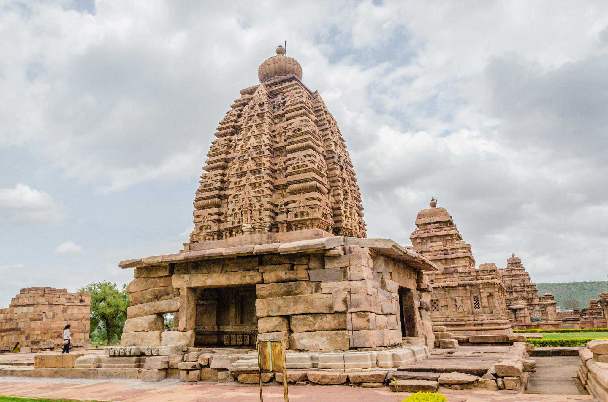 Храм Галаганата, Паттадакал, Карнатака