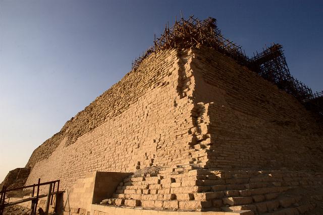 Рядом с пирамидой Джосера, Саккара