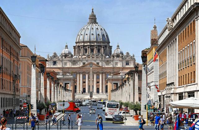 Вид на Собор Святого Петра в Риме