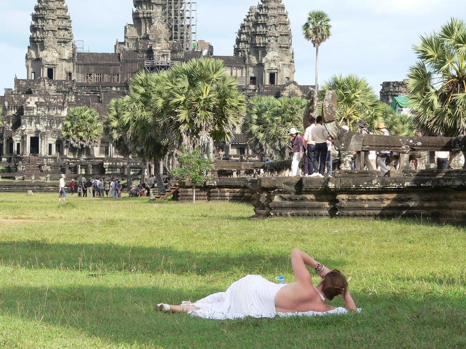 У храма Ангкор-Ват, Камбоджа.